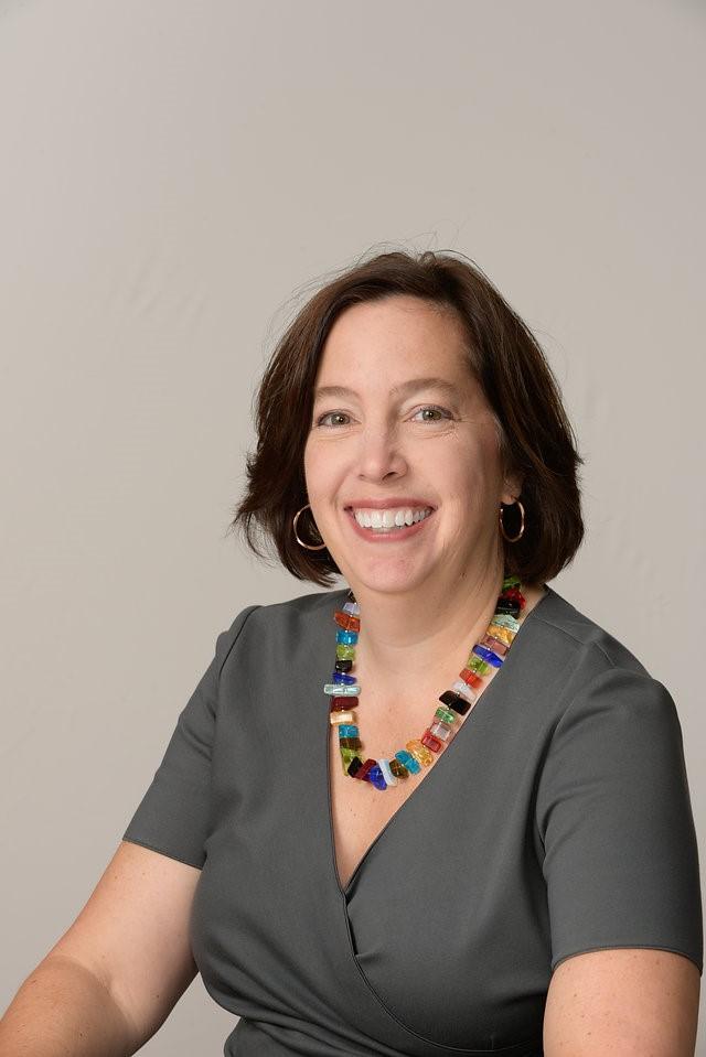 Debbie Schaffel (Interviewer)